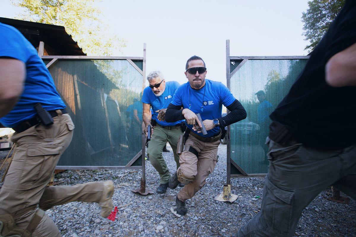esercizio di corsa con pistola corso tiro operativo israeliano tcs