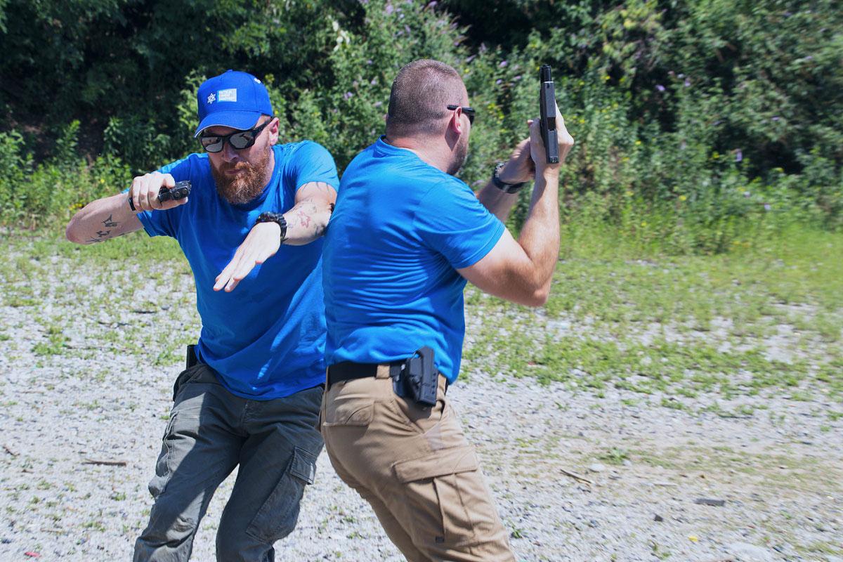 manuel spadaccini daniele cattaneo esercizio con pistola tcs 2