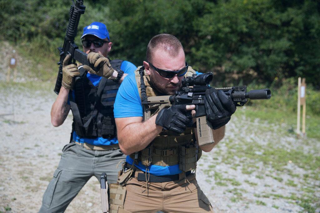 manuel spadaccini e daniele cattaneo durante il corso tcs fucile d'assalto